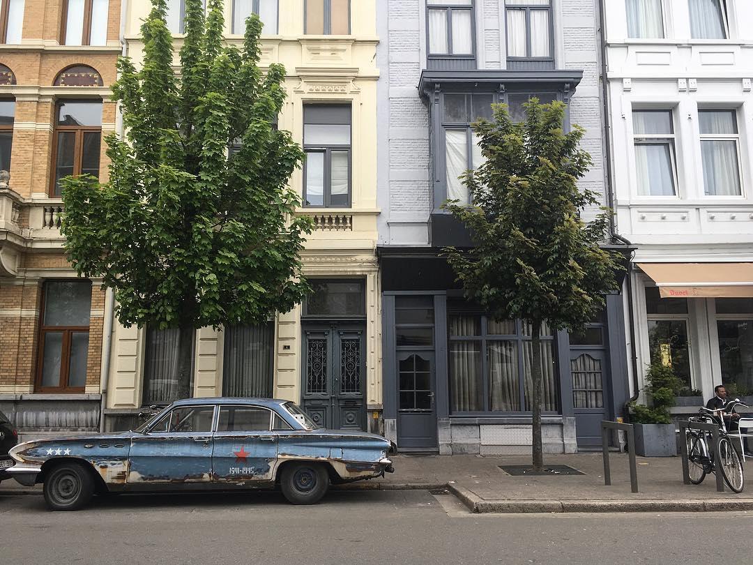 BEAUTIFUL ANTWERP Sooo many pretty streets and houses and cornershellip